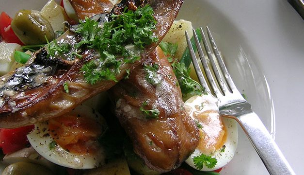 Hot Mackerel Nicoise