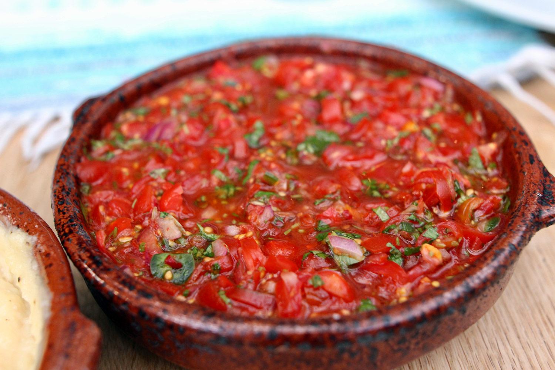 rökt tomatsalsa